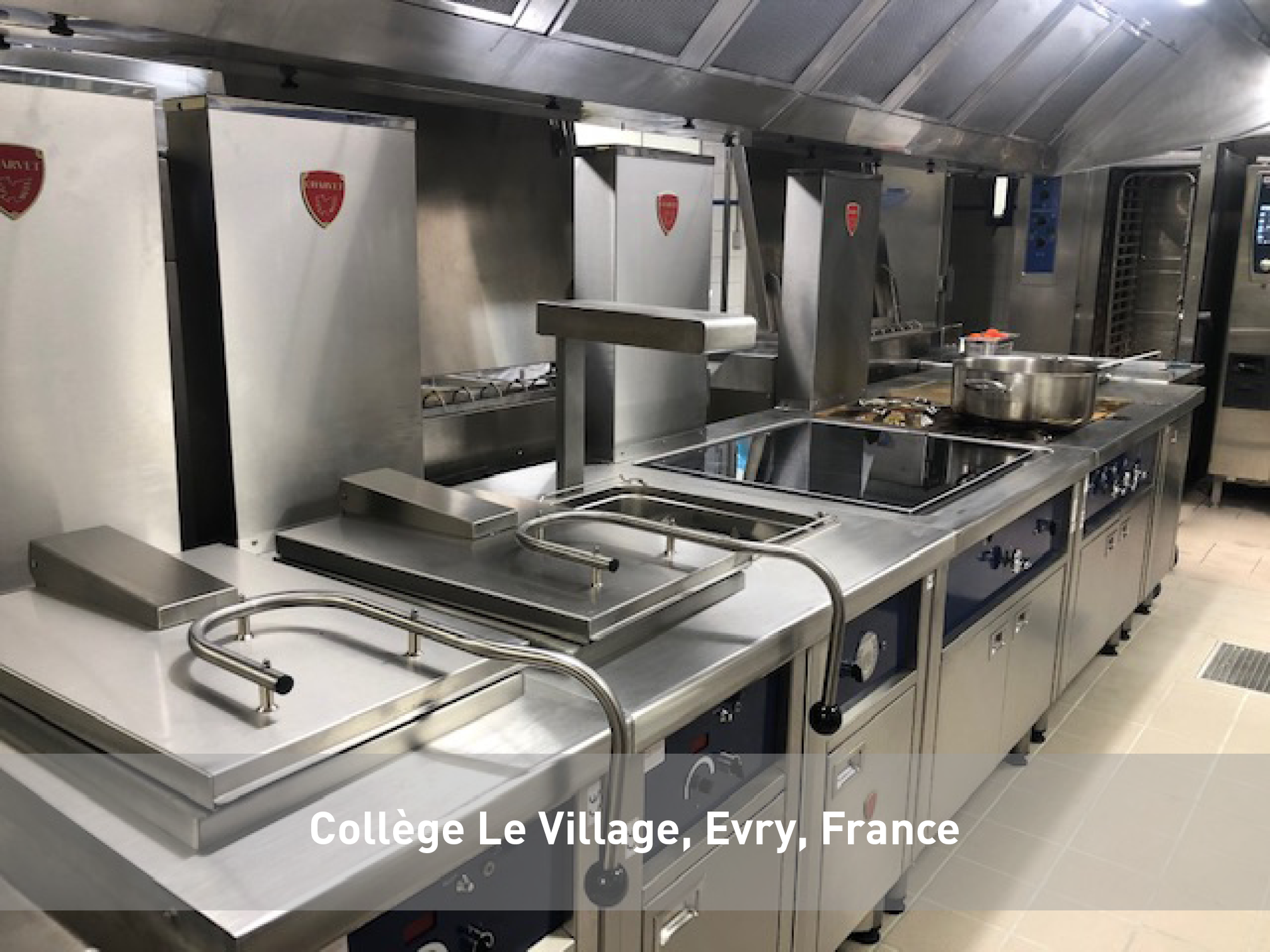 College-Le-Village-Evry-Charvet
